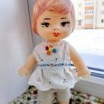 Цена еще ниже! Маленькая редкая винтажная симпатяга-куколка из Киева (Победа)