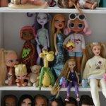 Полка для кукол-игрушек (3)