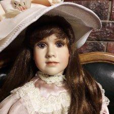 Фарфоровая кукла  Anastasia by Jan Garnett for Master Piece Gallery.