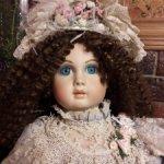 Голубоглазая красавица от Патриции Ловелесс