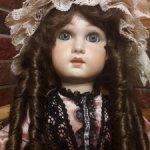 Красивая реплика антикварной куклы Tete Jumeau на винтажном теле.