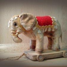 Выкройка винтажного слона