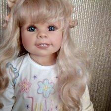 Коллекционная полностью виниловая кукла Julie от Monika Peter-Leicht