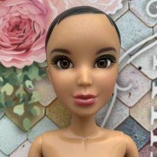 """Кукла Liv """"Белая королева"""""""