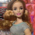 Кукла Barbie Безграничные движения Пышка НРФБ