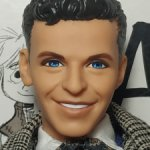 Кен из сета Барби любит Френка Синатру (2)