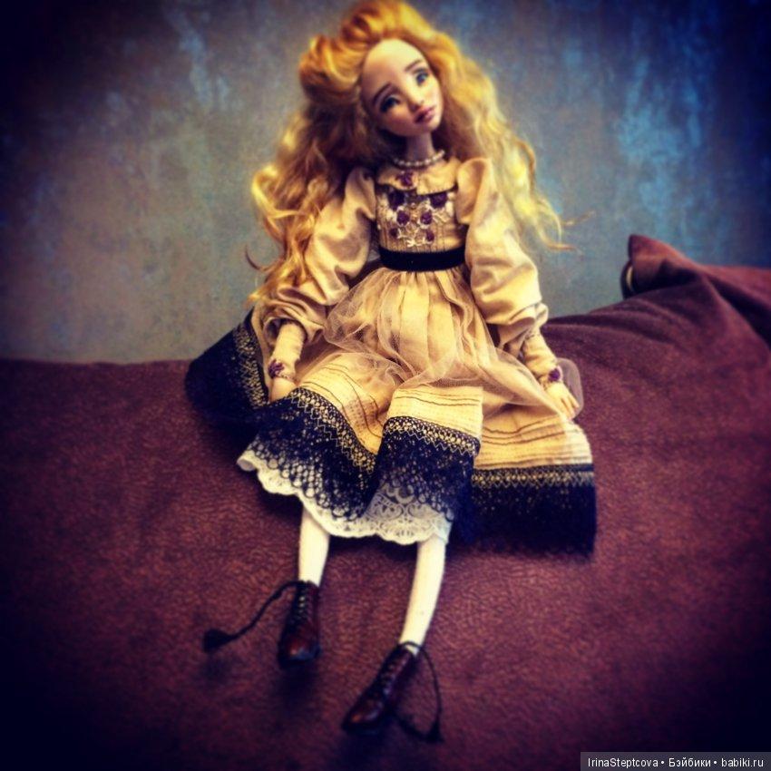 Кукла 2018г. Алиса. В частной коллекции