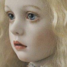 Помогите узнать имя и автора куколки BJD
