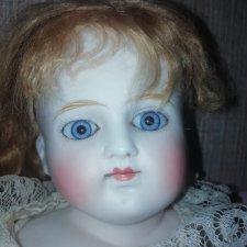 Антикварная кукла Belton-Type. Подскажите что за кукла, автора и цену примерную