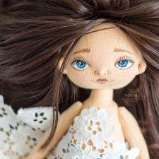Почти белоснежка. Куколка Наташи Исенбаевой