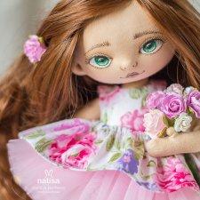 Кто сказал, что рыженьким не идет розовый цвет? Зеленоглазая куколка от Наташи Исенбаевой