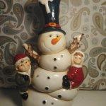 Очаровательный снеговик с детками
