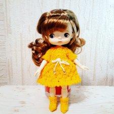 Желтое платье и носочки для монст