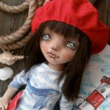 Две девчули и еще одна кукелла
