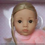 Очаровательная куколка Gotz Эмили цвет наряда серый.