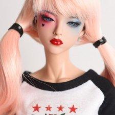 Встречайте прекрасную бейсболистку Сиа от Raccoon doll!
