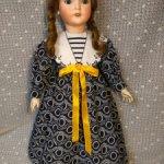 Продаю платье для антикварной куклы или реплики.