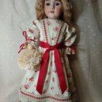 Продаю платье для антикварной куклы или реплики