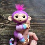 Интерактивная обезьяна на палец