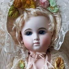 Реплика антикварной куклы Steiner от Margaret Anne Wolfe-Wilson в наряде от Mary Lambeth