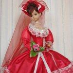 Высокая кукла на зонтике