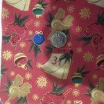 Новогодняя ткань- и тесьма помпончики