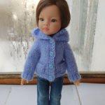 Вязаная кофточка с кармашками и капюшоном  для кукол Паола Рейна