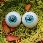 Глазки с рельефом на радужке 15/8 мм.