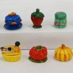 Посуда в виде овощей. Французская фарфоровая миниатюра.