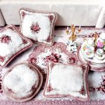 """Коллекция ковров и подушек """"Нежность"""" в бежевом цвете"""