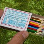 Миниатюрные цветные карандаши