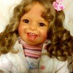 Сладкая улыбчивая куколка Карина.