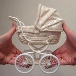 Бежевая кукольная коляска для миниреборн до 12 см