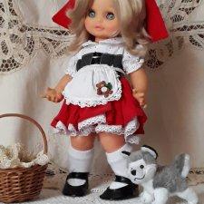 Маленькая красная шапочка со своим маленьким волком
