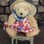 Мишка Muffy Vanderbear от North American Bears Co. Пикник. 17 см.