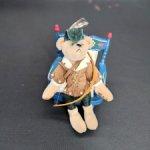 Мишка Робин Гуд от Chu-Ming Wu . 9 см.