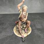 Фарфоровая статуэтка Сапожник. Каподимонте. Capodimonte.