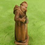 Деревянная статуэтка Монах. Швейцария
