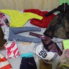 Лот одежды для Барби (подходит на старые и современные тела)