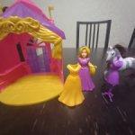 принцесса с лошадью и замком