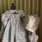 Платье и бонет