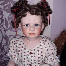 Цена снижена! Фарфоровая кукла Kaye Wiggs Katherine