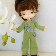МК «Пошив комбинезона с рукавами, отрезного по талии и с застежкой на спинке для кукол XIAOMI MONST»
