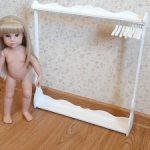 Вешалка напольная для кукол формата 45-50-55см