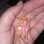 Микро-пупсик из 90-х