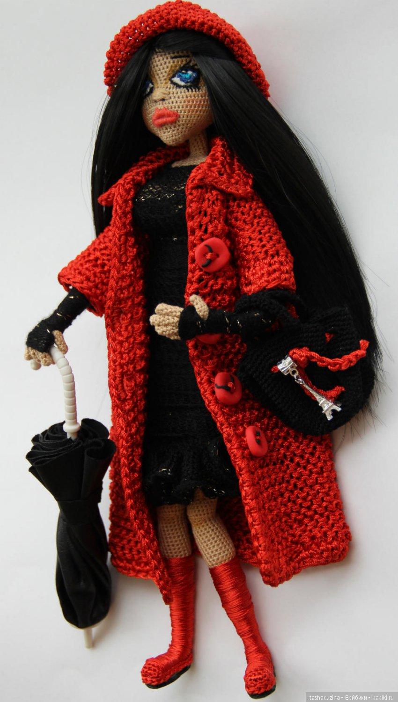 Вязаная интерьерная кукла.Рост 30 см.Выполнена крючком.