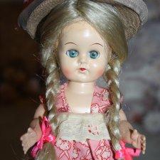 Ходячая куколка из колкого пластика Marcie Daily Dolly 1950-е