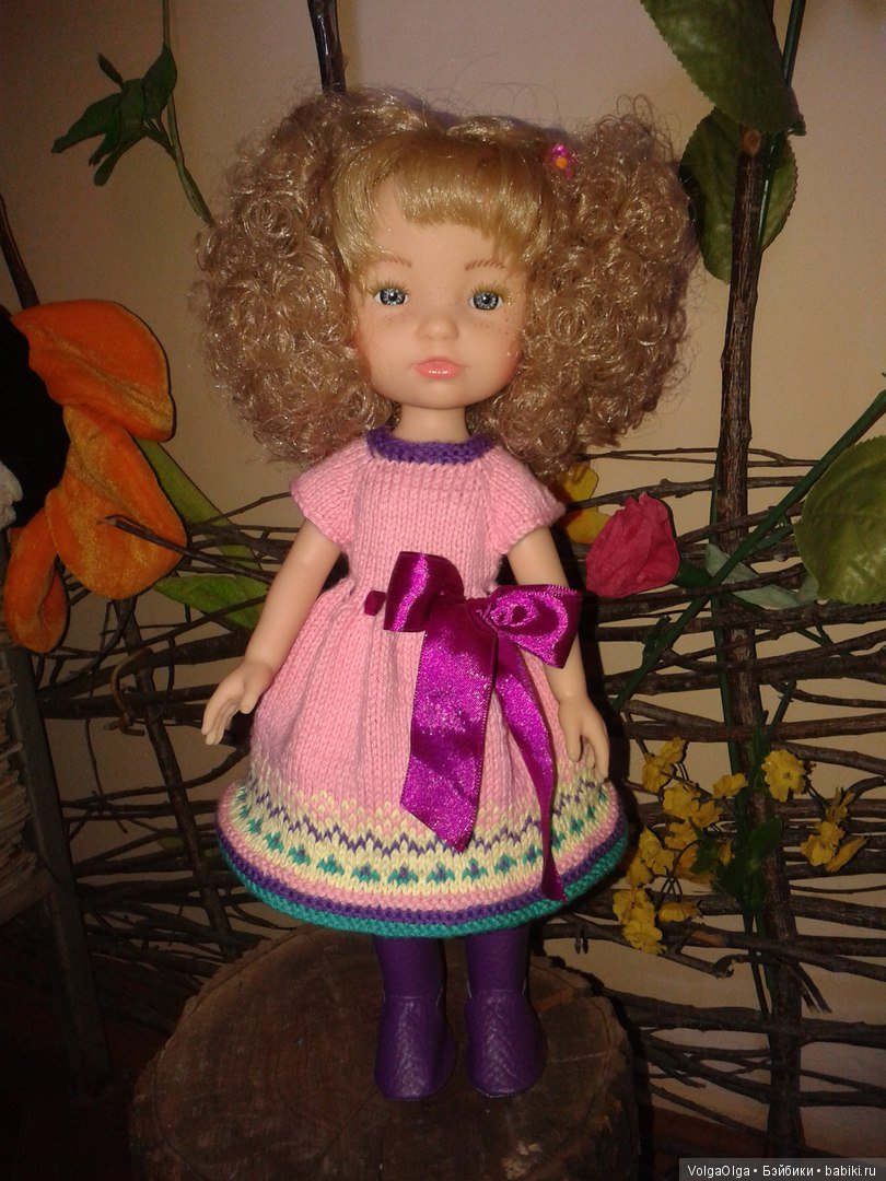 вязаное платье на испаночек типа Паола Рейна и Бержуанок.