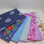 Небольшие отрезы ткани для нарядов винтажным куклам