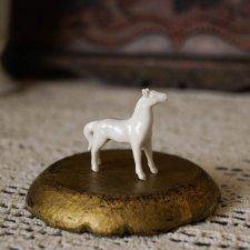 Антикварная фарфоровая лошадка (Франция)